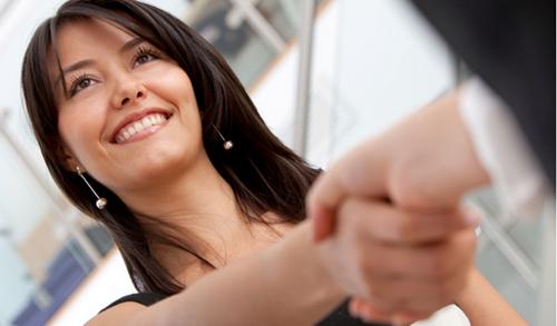Công cụ giúp nhân sự tiết kiệm thời gian khi khảo sát nhân viên