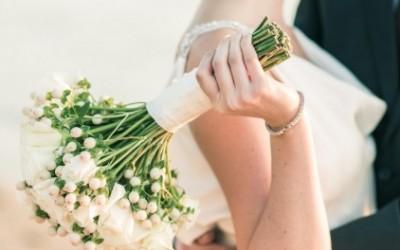 Tờ 100 đô trong đám cưới và câu chuyện ý nghĩa về tình yêu và hôn nhân