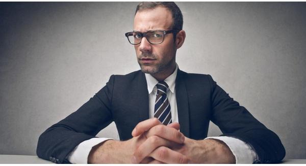 Không cần thể hiện nhiều, 2 bí quyết sau sẽ giúp bạn chinh phục nhà tuyển dụng chỉ trong 5 giây