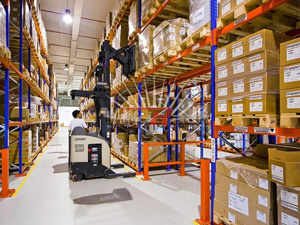 Những quy định về sắp xếp hàng hóa trong kho 3